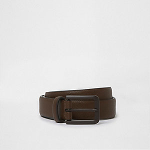 Brown matte buckle belt
