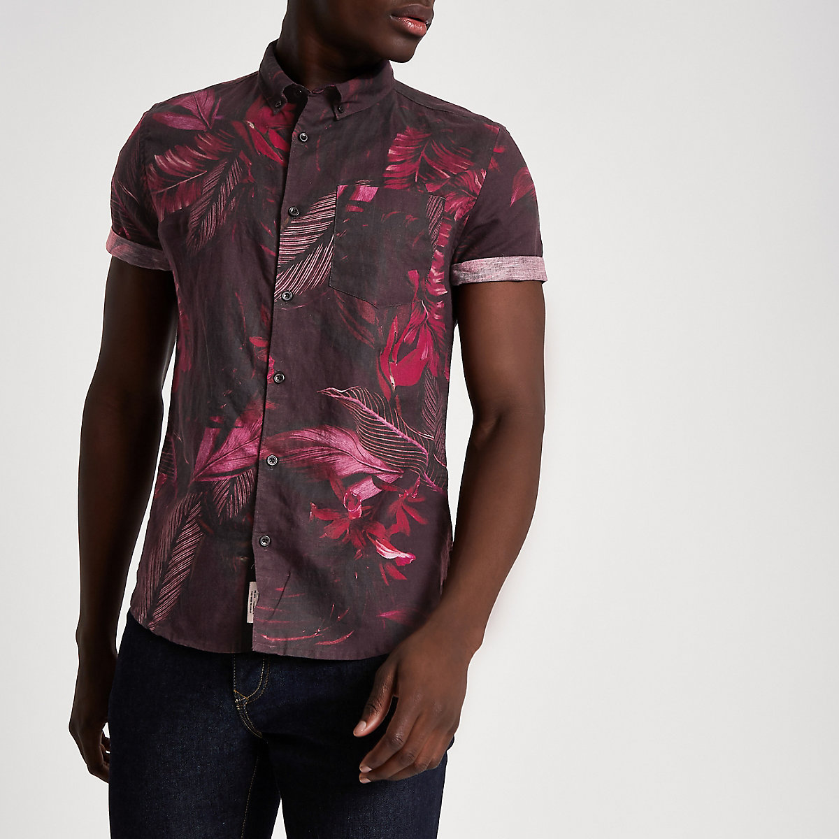 Burgundy tropical short sleeve shirt