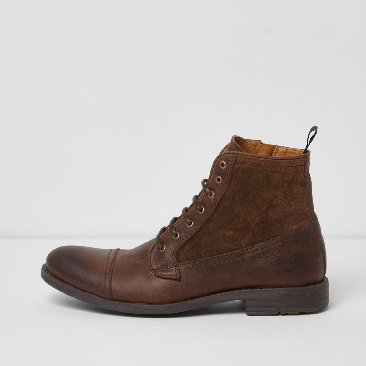 Find a selection of Lace-Up Boots for Women, Lace-Up Boots for Men, Lace-Up Boots for Juniors and more at Macy's. Macy's Presents: The Edit - A curated mix of fashion and inspiration Check It Out Free Shipping with $99 purchase + Free Store Pickup.