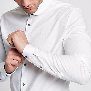 Weißes Tailored Fit Hemd mit Penny-Kragen