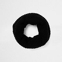 Black ribbed knit snood