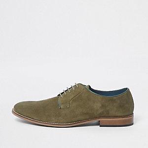 Chaussures derby à lacets en daim vert passepoilé