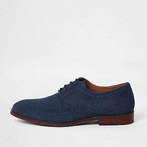 Blauwe suède schoenen met derbytextuur