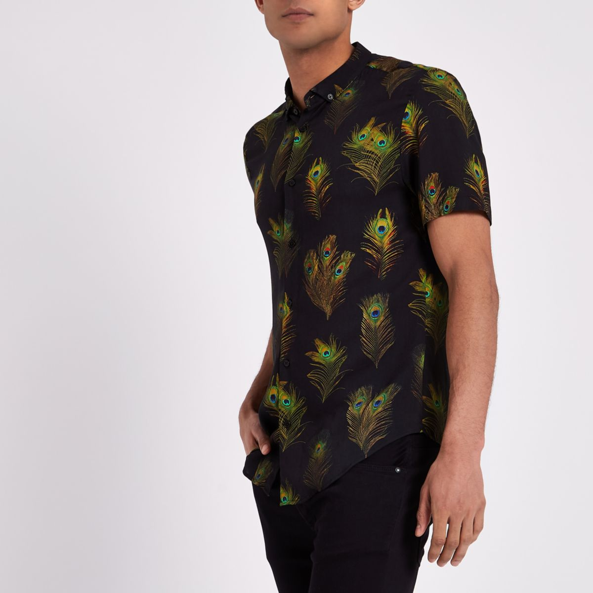 Zwart slim-fit overhemd met pauwenprint en korte mouwen