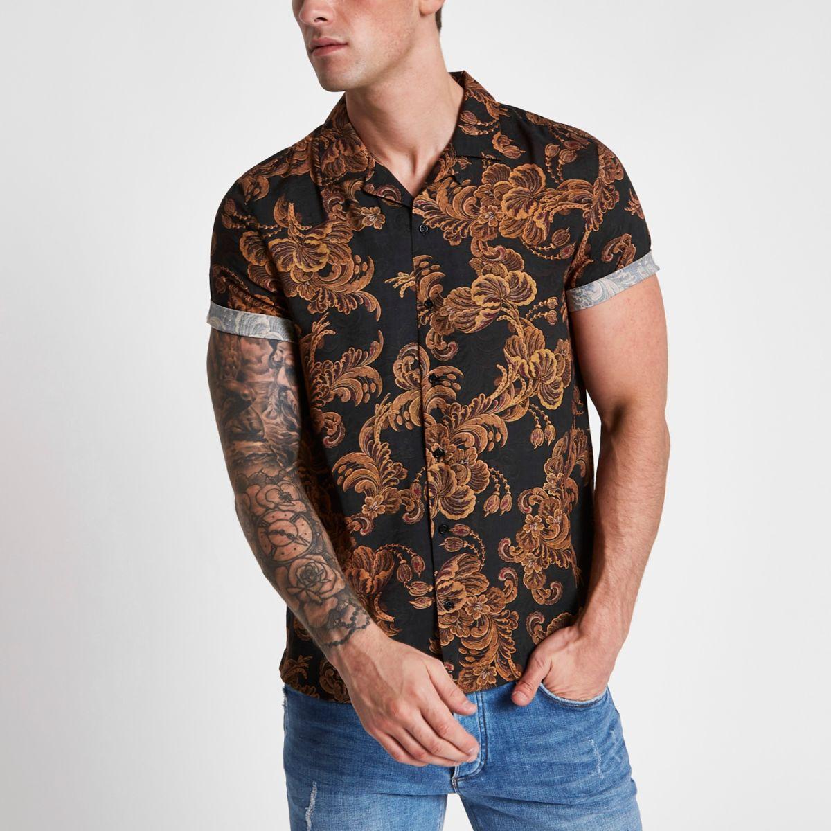 Black baroque slim short sleeve revere shirt