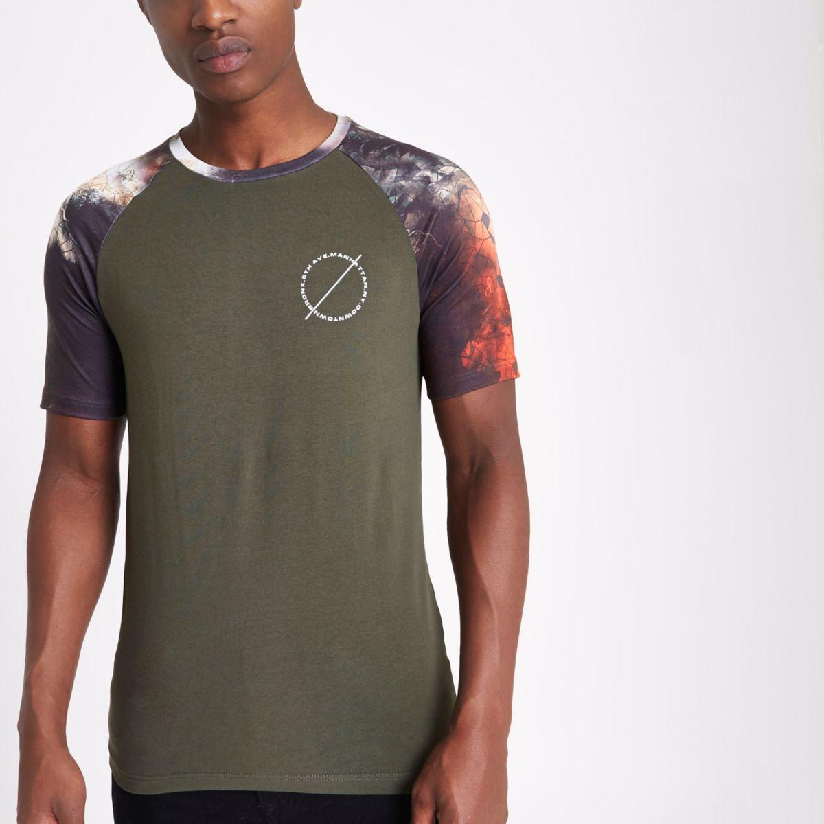 Dark green geo raglan sleeve muscle T-shirt