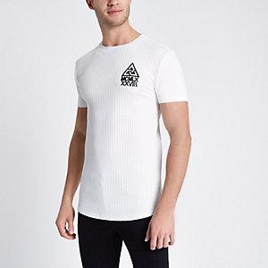 Crème aansluitend T-shirt met brede ribbels