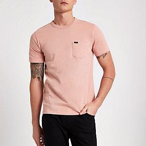 Lee – T-shirt ras du cou rose à poche