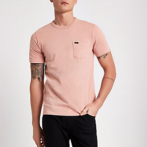 Lee - Roze T-sirt met zak en ronde hals