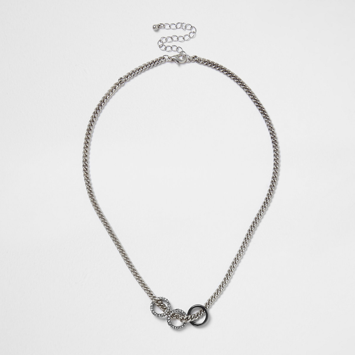 Silver tone three ring chain necklace