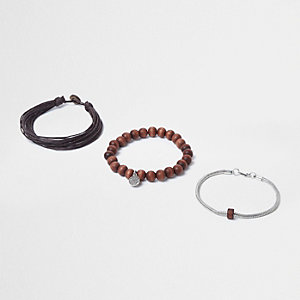 Brown wooden beaded bracelet set