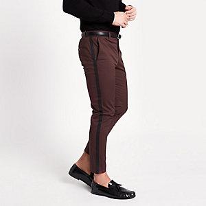 Bordeauxrode skinny-fit chinobroek met streep op de zijkant