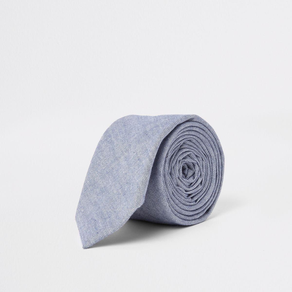 Blue oxford textured tie