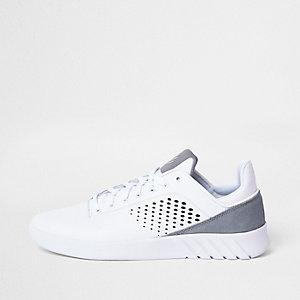 K-Swiss - Witte sportieve hardloopschoenen