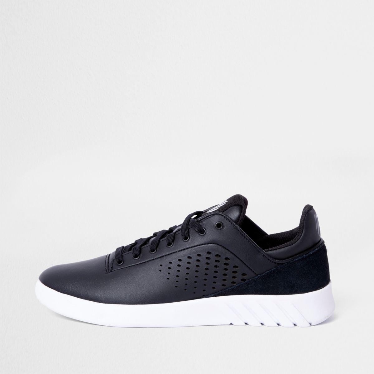 K-Swiss black lightweight runner sneakers