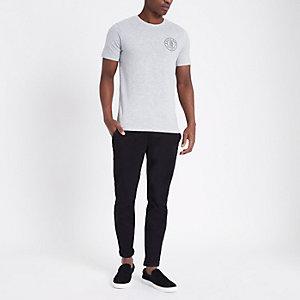 Only & Son - Grijs slim-fit T-shirtmet logo
