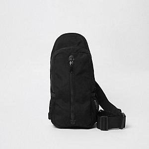 Schwarzer Rucksack mit einem Gurt