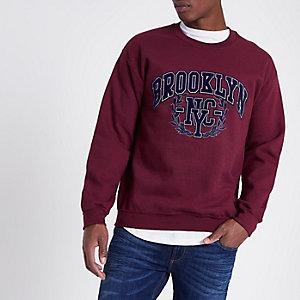 Donkerrood sweatshirt met 'Brooklyn'-print