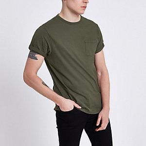 T-shirt kaki à manches retroussées avec poche