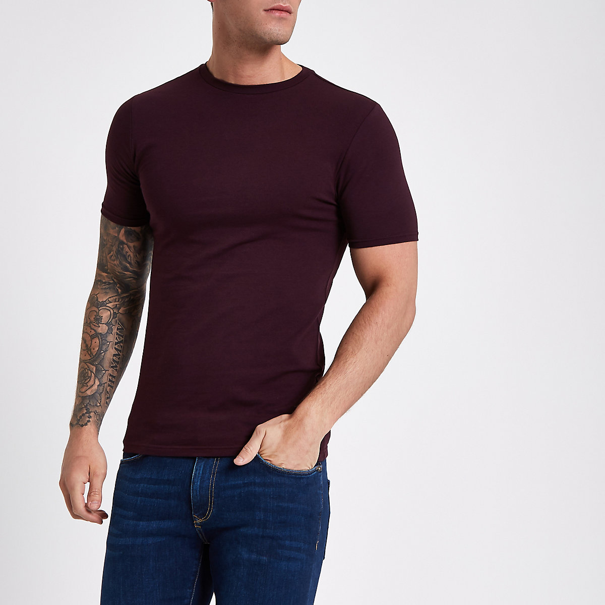 Dark red muscle fit short sleeve T-shirt
