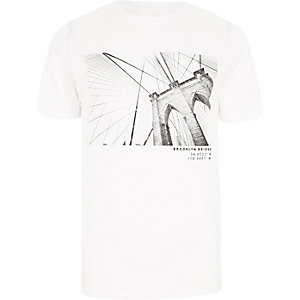 Wit slim-fit T-shirt met Brooklyn Bridge-print