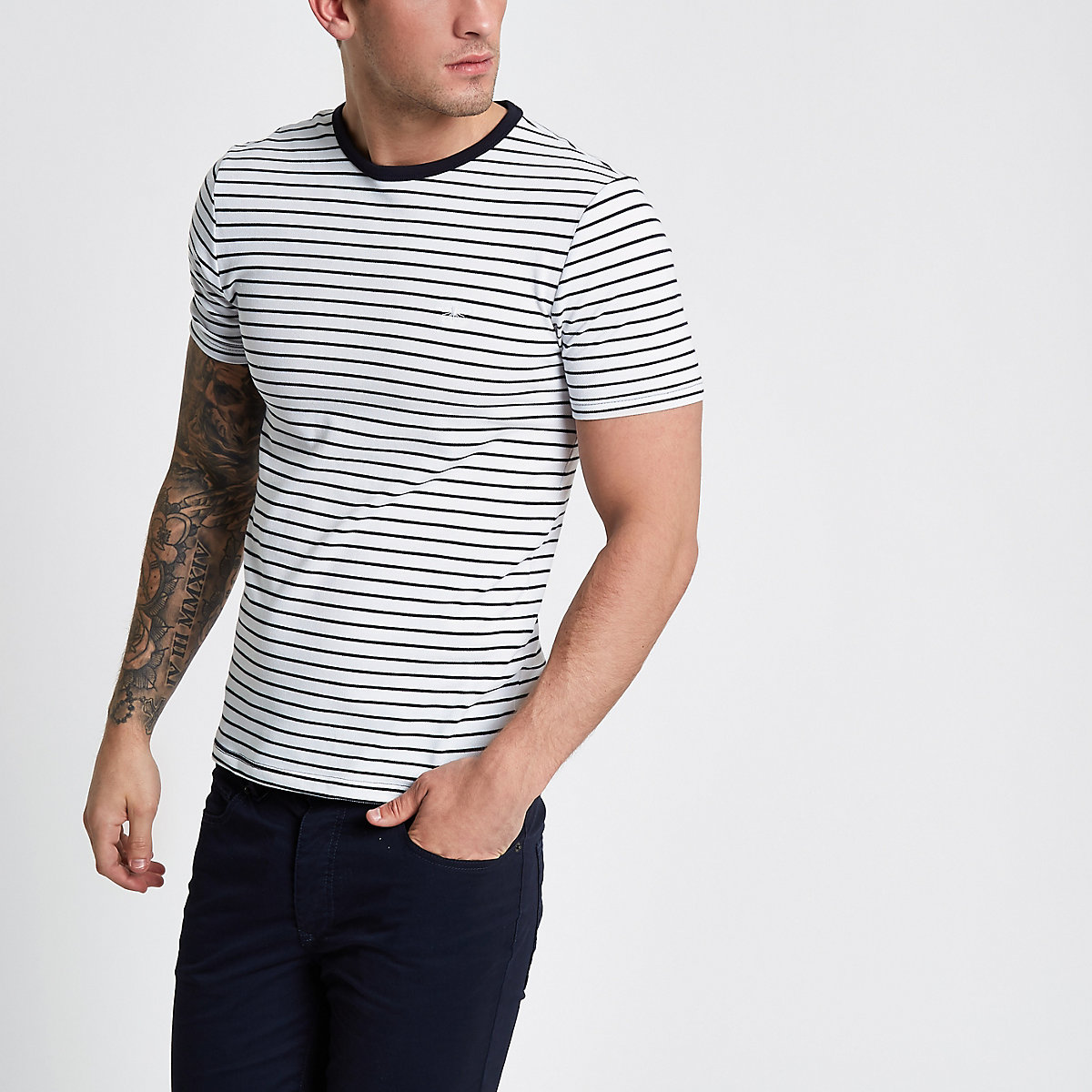 White stripe muscle fit crew neck T-shirt