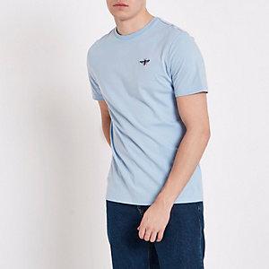 Blauw slim-fit T-shirt met geborduurde wesp