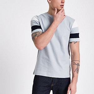 Grijs slim-fit T-shirt met korte gestreepte mouwen