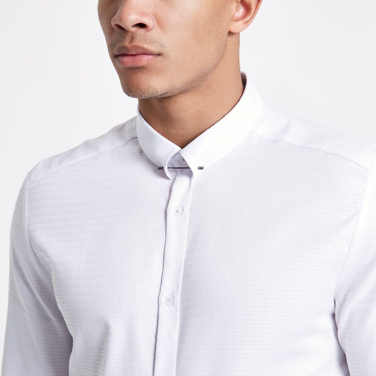 White jacquard metal bar collar shirt