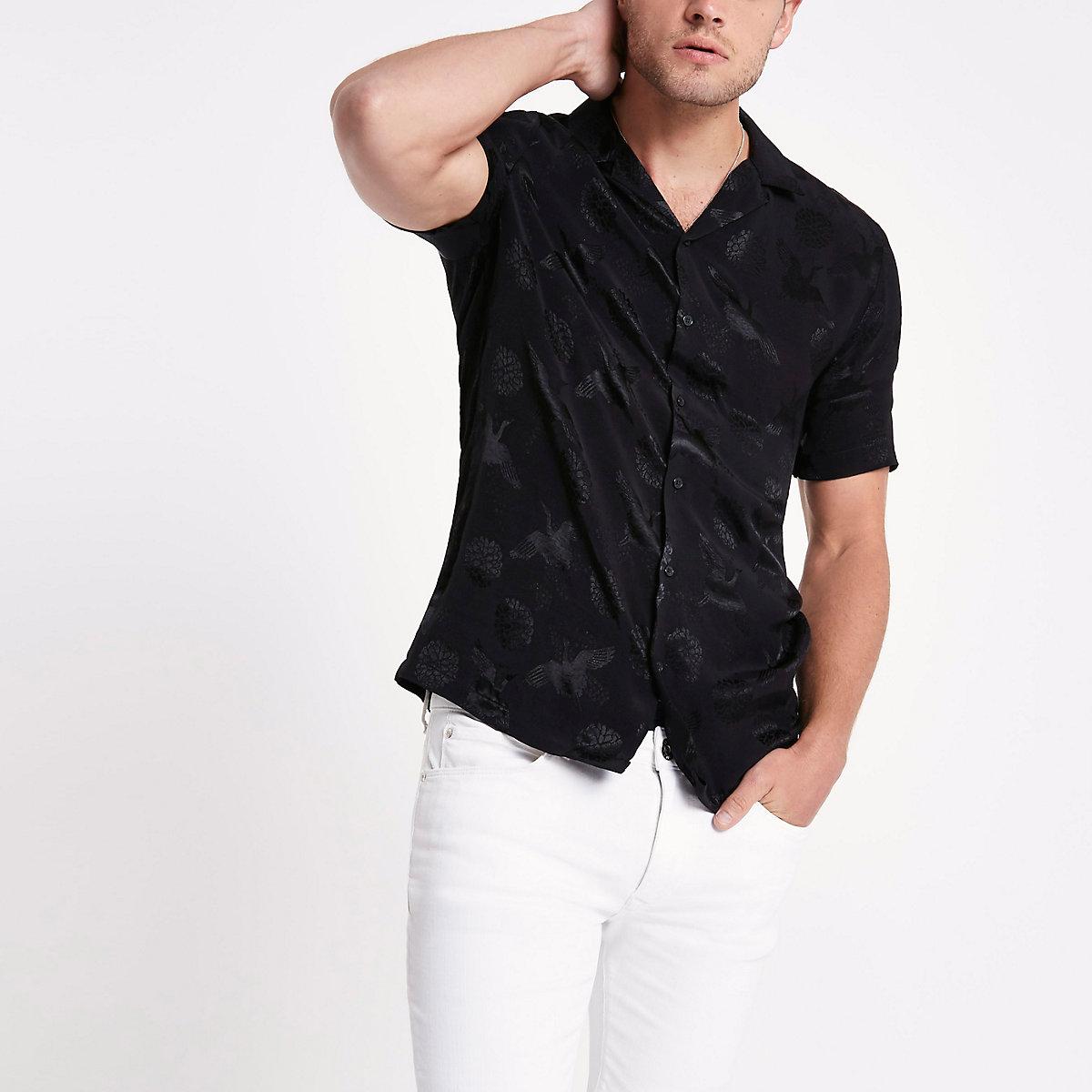Chemise en jacquard imprimé grues noire à col à revers