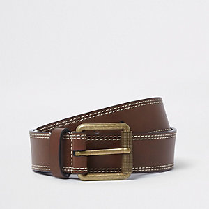Light brown faux leather buckle belt