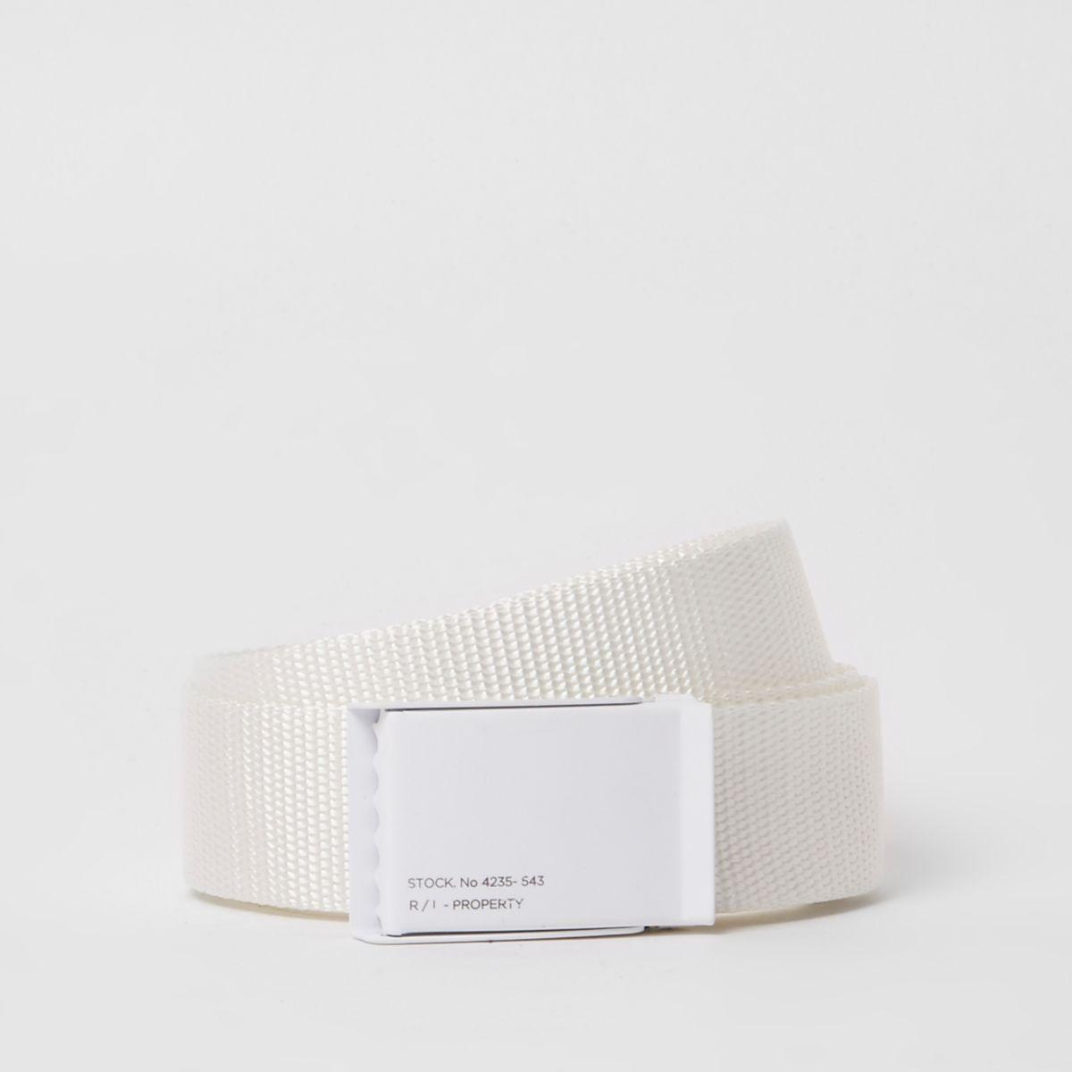 White textured plate buckle belt