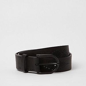 Schwarzer, verzierter Western-Gürtel