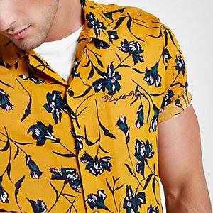 Geel casual overhemd met bloemenprint en korte mouwen