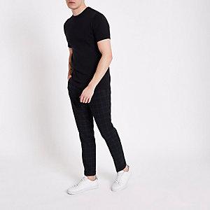 Marineblaues Muscle Fit T-Shirt