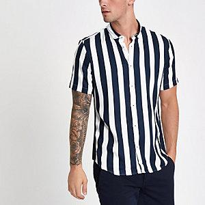 Weißes, gestreiftes Slim Fit Hemd