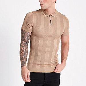 Braunes, geripptes Muscle Fit Poloshirt