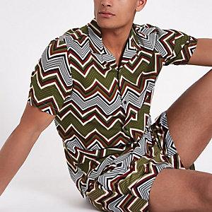 Kaki overhemd met zigzagprint