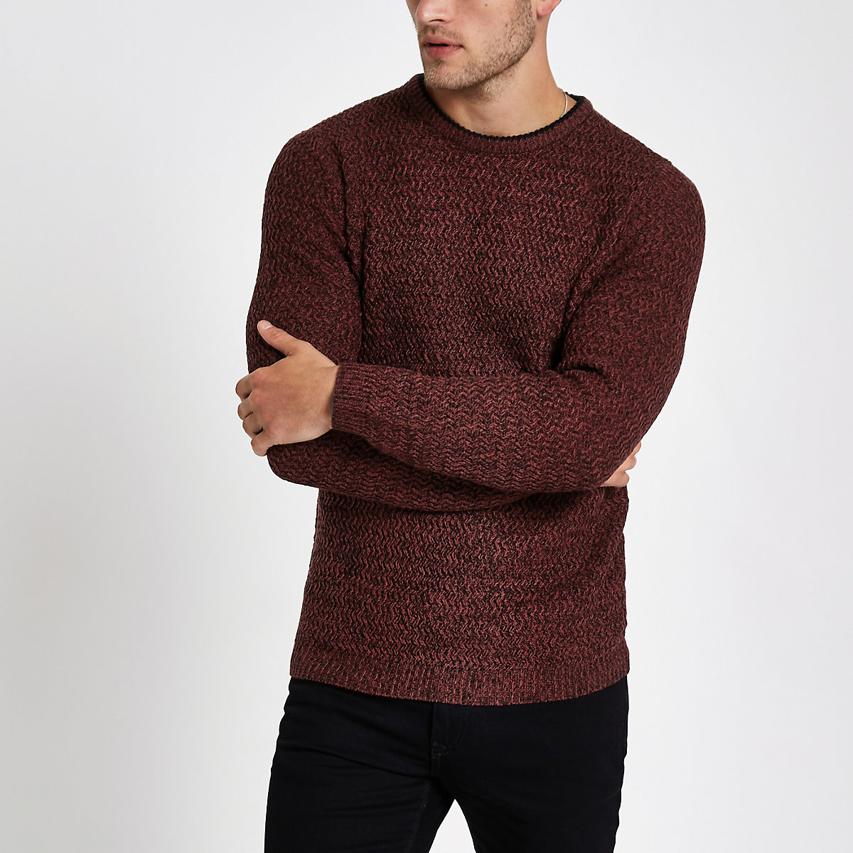 Red knit slim fit crew neck sweater