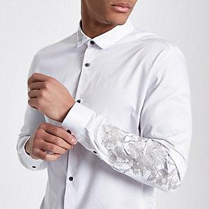 Wit slim-fit overhemd met geborduurde bloemen