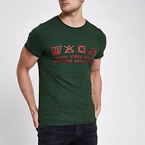 Ditch the Label – Grünes T-Shirt