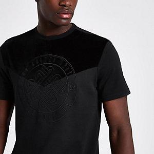 Zwart slim-fit T-shirt met borduursel