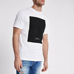 Wit slim-fit T-shirt met 'BRX / LDN'-print en zwart vlak