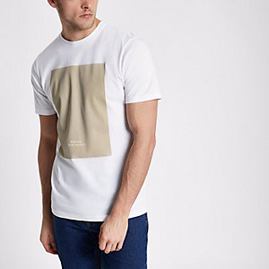 Wit slim-fit T-shirt met 'BRX / LDN'-print en kiezelkleurig vlak