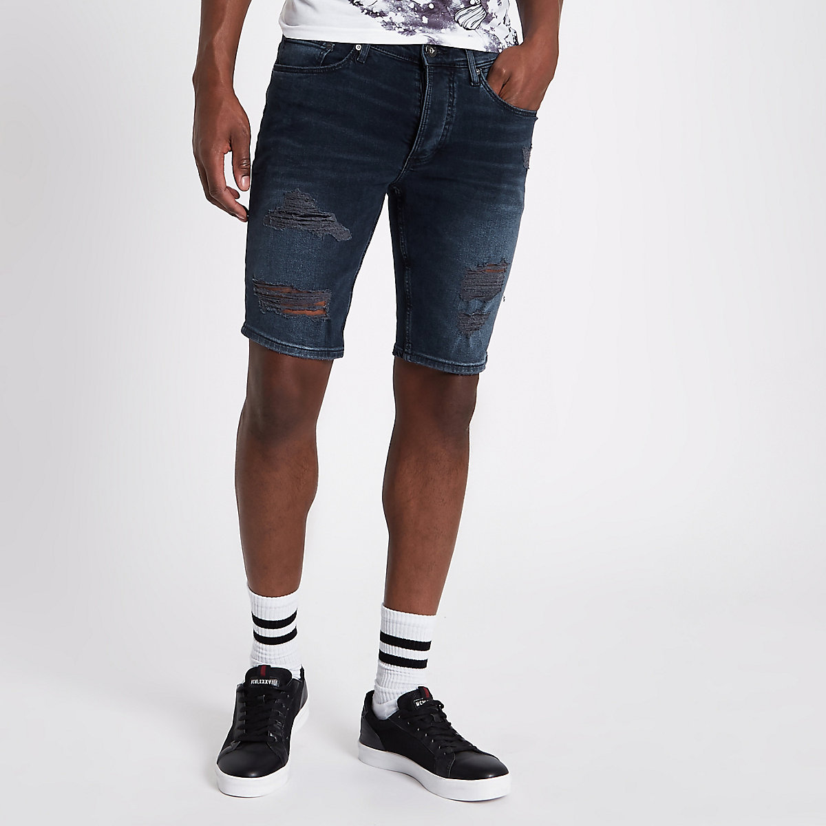 Dark blue ripped skinny fit denim shorts