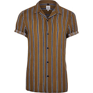 Brown stripe short sleeve revere shirt