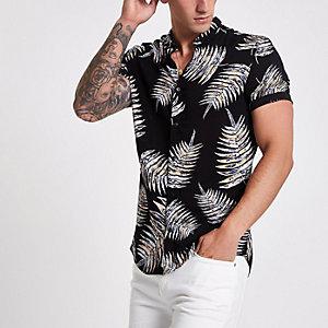 Zwart slim-fit overhemd met korte mouwen, bladprint en revers