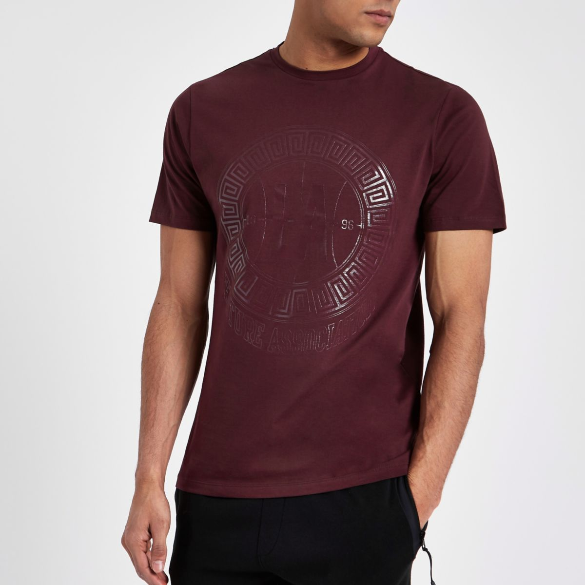 Burgundy 'LA' circle print slim fit T-shirt
