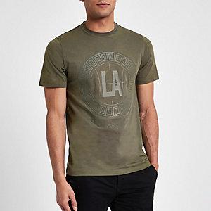 Kakigroen smal T-shirt met 'LA'-cirkelprint