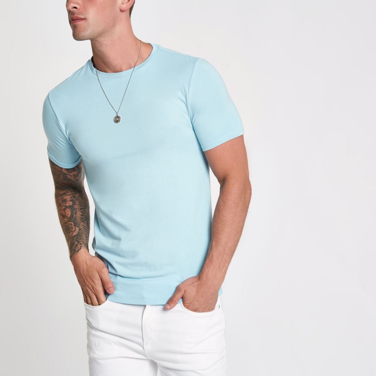 Light blue muscle fit short sleeve T-shirt